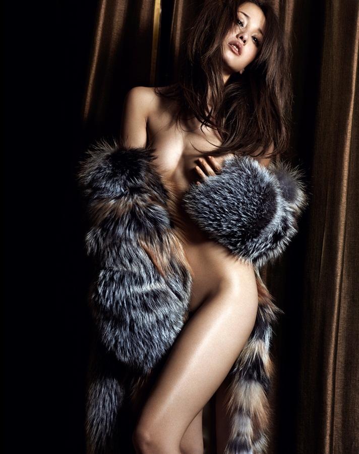 Celebrity Erika Sawajiri Nude Photos Pic