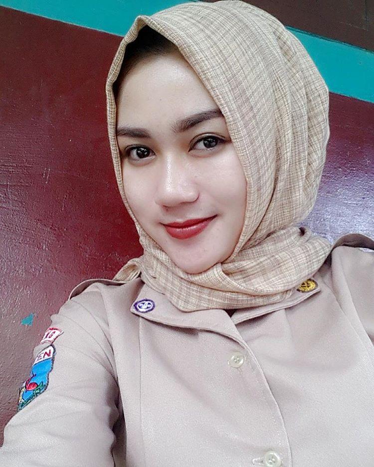 Siapa Nama Hijaber Cantik Ini Hijab Style Foto Bugil Bokep 2017
