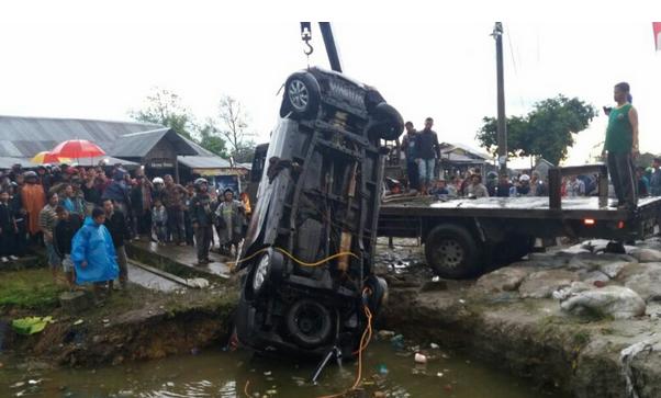 Mobil Masuk Kolam di Jalan Medan-Sidikalang Tewaskan 9 Orang Batak