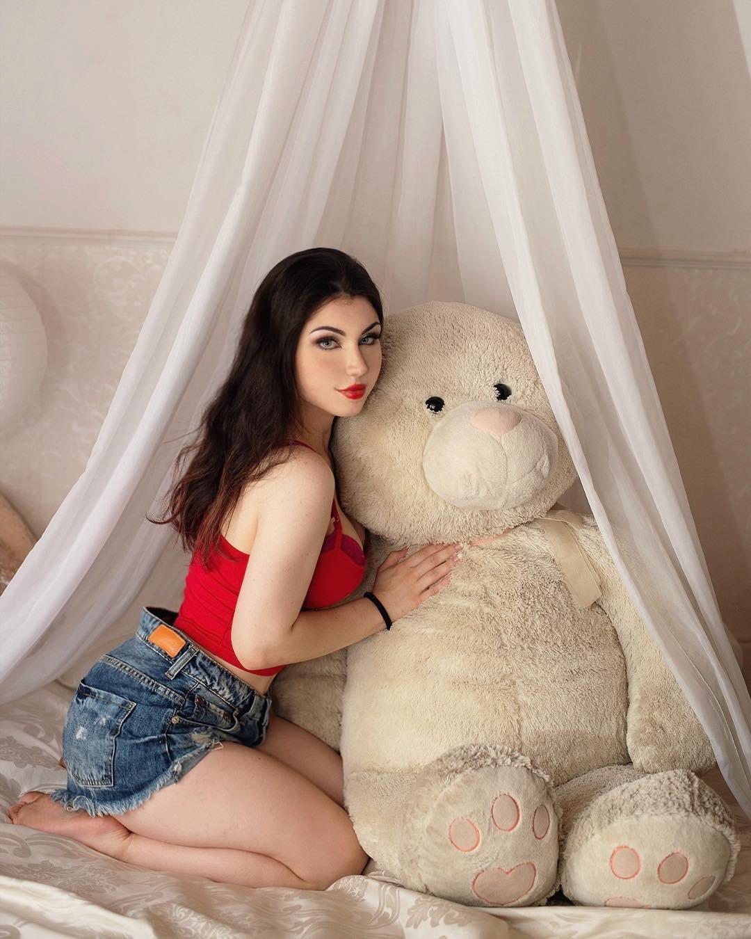 Maria Fernanda  Biography Wiki Birthday Height, Weight Age Date of Birth  Boyfriend -Family Info