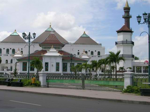 Masjid Agung Palembang Atau Masjid Agung Sultan Mahmud Badaruddin