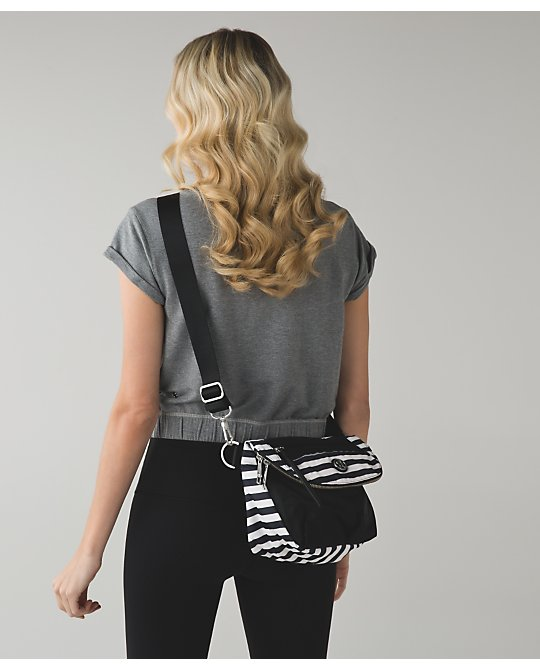 lululemon apex-stripe festival-bag