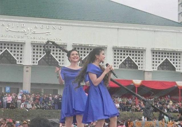 Netizen Bengang Dengan Konsert Dangdut Di Depan Masjid