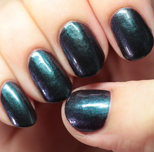 Leesha's Lacquer Scarab Crow