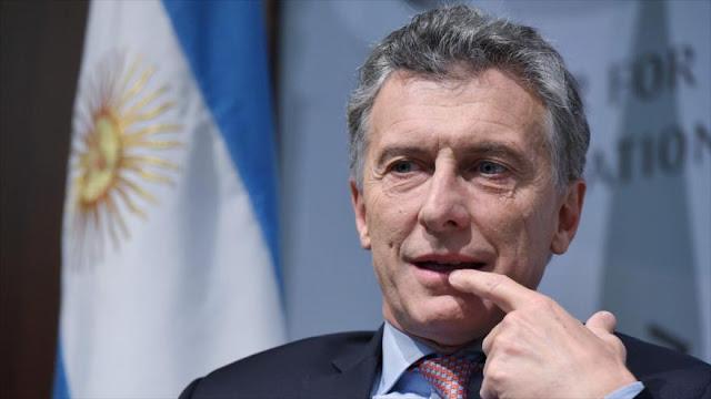Macri trata de expresarse en inglés en EEUU, pero le sale mal