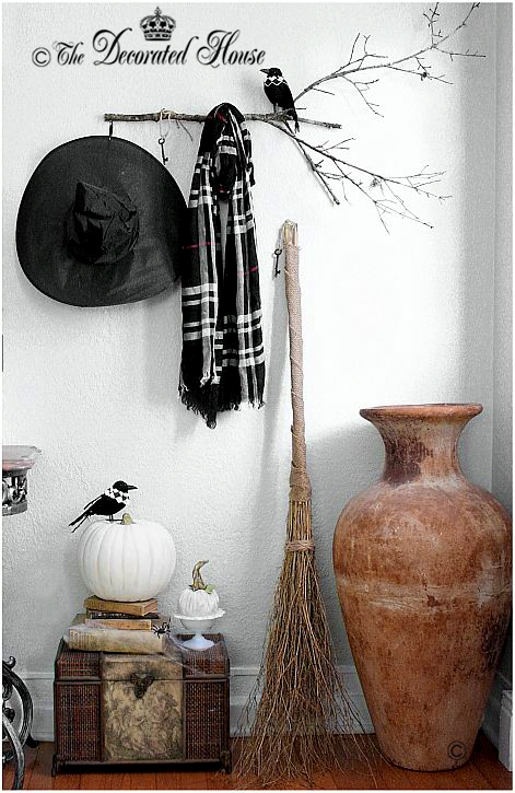 The Decorated House ~ Halloween Decorating Black and White
