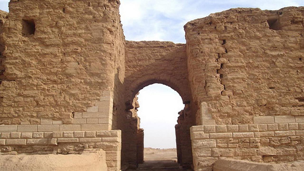 ISIS destruye antiguos restos arqueológicos en Dura Europos (año 300 a.C)