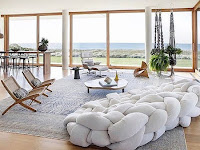 4 Hot New 2018 Trends for Living Rooms