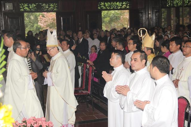 Lễ truyền chức Phó tế và Linh mục tại Giáo phận Lạng Sơn Cao Bằng 27.12.2017 - Ảnh minh hoạ 100