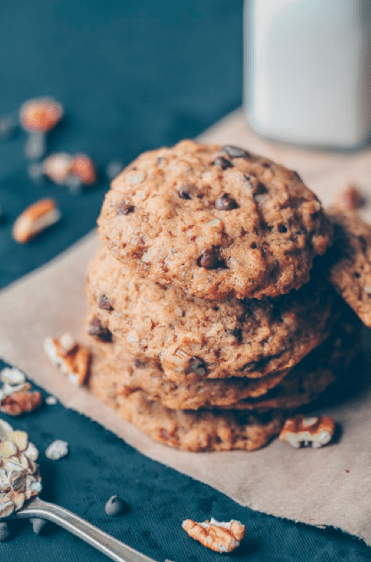 Vegan Oatmeal Chocolate Chip Pecan Cookies. Need more recipes? Find 21 Easy and Healthy Vegan Oat Recipes To Make Best Weight Loss Breakfast Ever! vegan breakfast oatmeal | yummy oatmeal recipes | breakfast oatmeal recipes | oatmeal recipes breakfast healthy | oatmeal diet weightloss #oats #oat #veganmeal #vegan