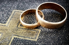 <b>Can the Bible Help Your Marriage?</b>
