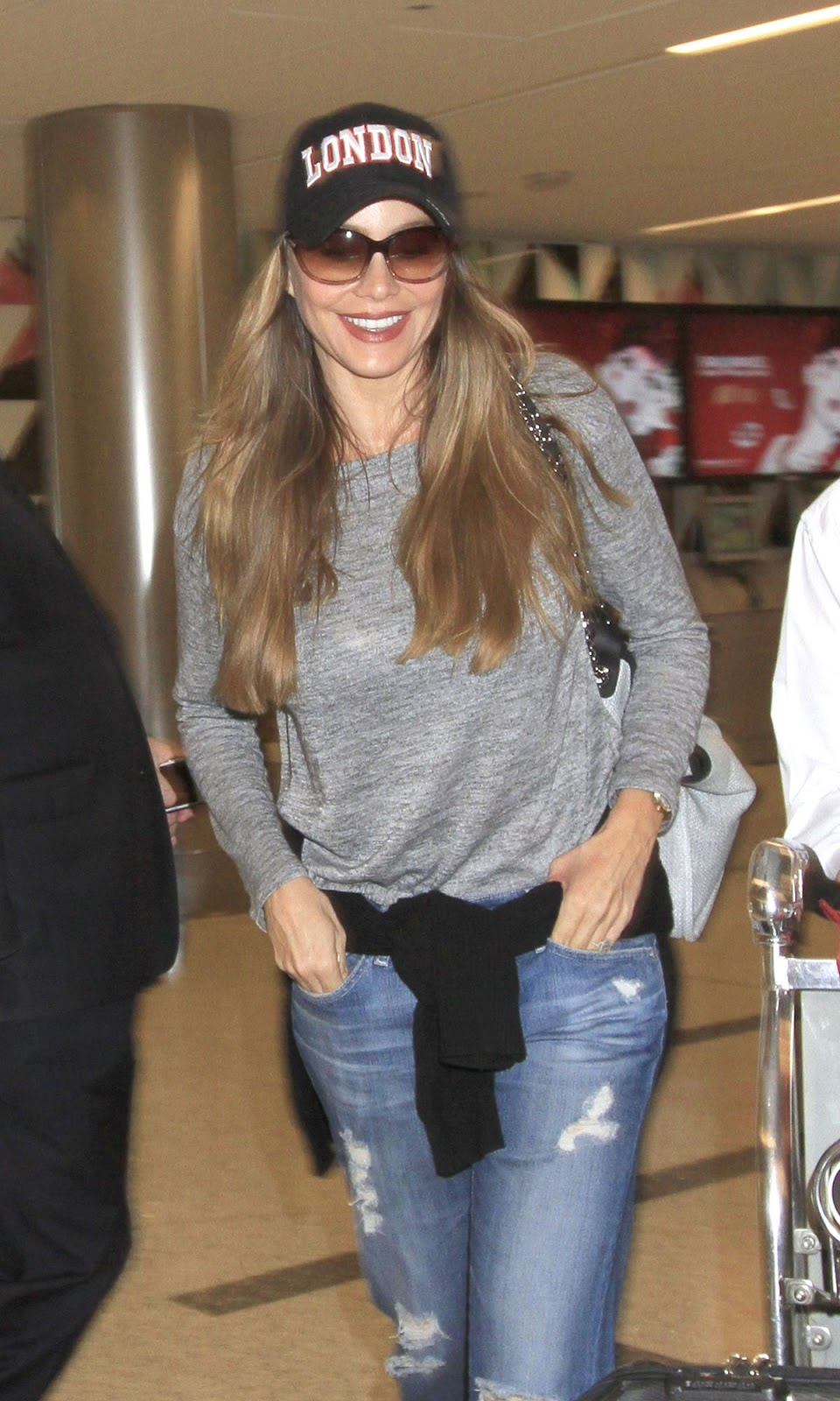 HD Photos of Sofia Vergara At Los Angeles International Airport
