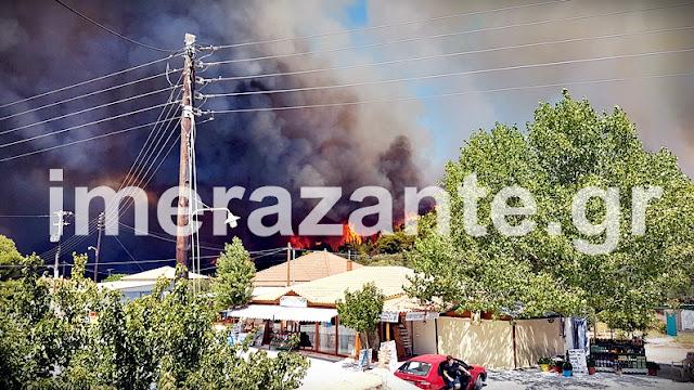 Στις φλόγες η Ζάκυνθος: Κάτοικοι εγκατέλειψαν το χωριό Αναφωνήτρια (βίντεο)