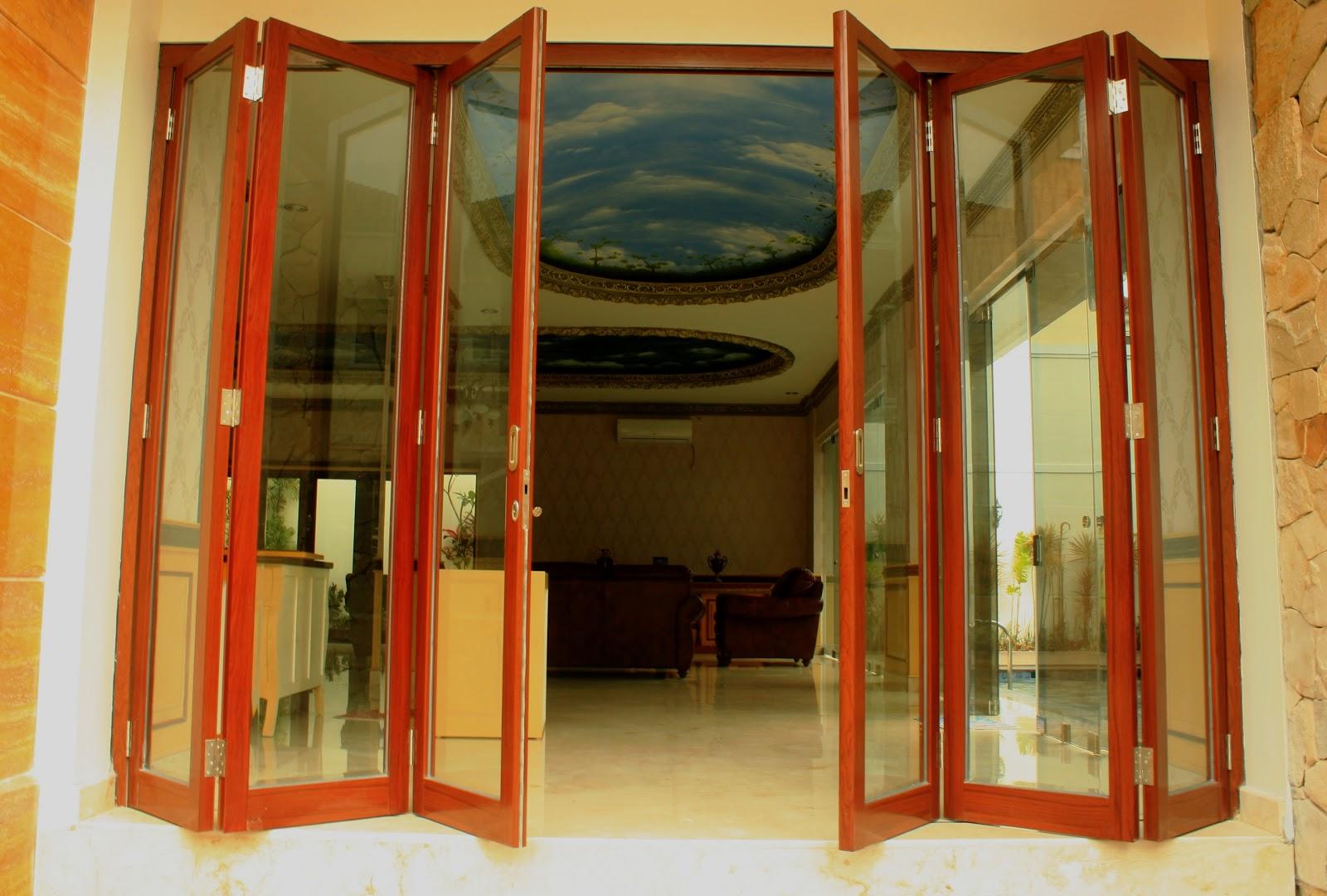 Sari Nugraha Aluminium&Kaca Construction: Pintu lipat ...