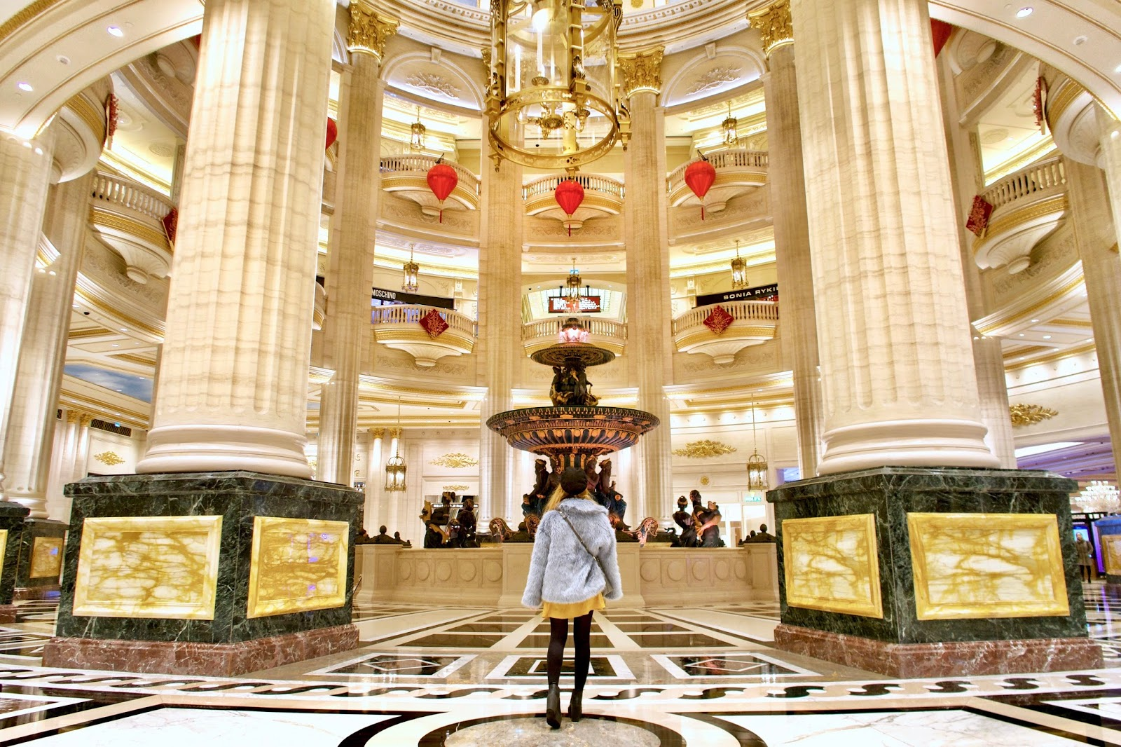 A Parisian Getaway For Valentine S Day Or Chinese New Year Live