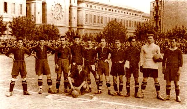 Equipos de f tbol barcelona en la d cada de 1920 for The 8 boutique b b barcelona