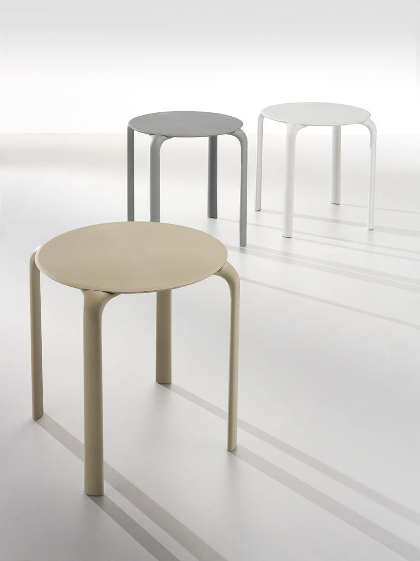 Astounding Defrae Contract Furnitures Blog Restaurant Table Bases Ibusinesslaw Wood Chair Design Ideas Ibusinesslaworg