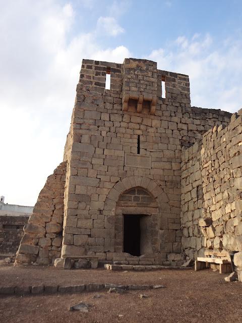Entrada a Qasr Al Azraq en Jordania