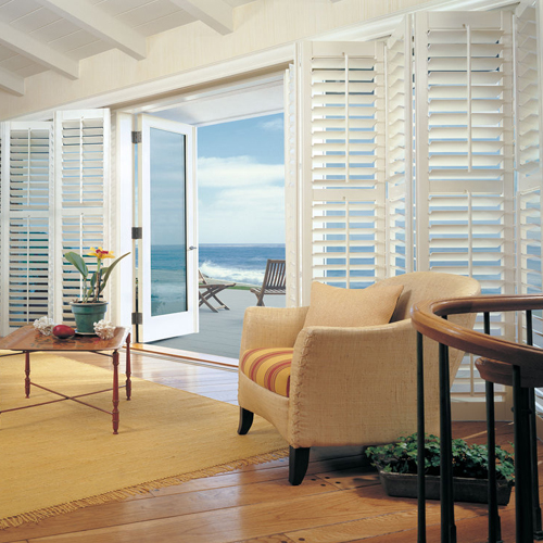 coastal window treatments mediterranean style windswept driftwoodstrewn cabin but regardless of your architecture or views window treatments can make vacation destination choosing window treatments for your coastal getaway cottage