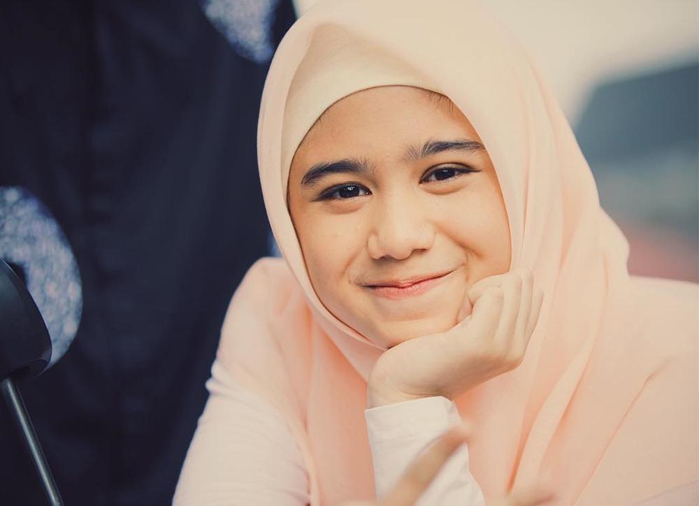 Tissa Biani Berhijab
