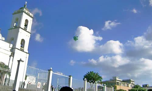 Suelta de globos en San Andrés Tuxtla
