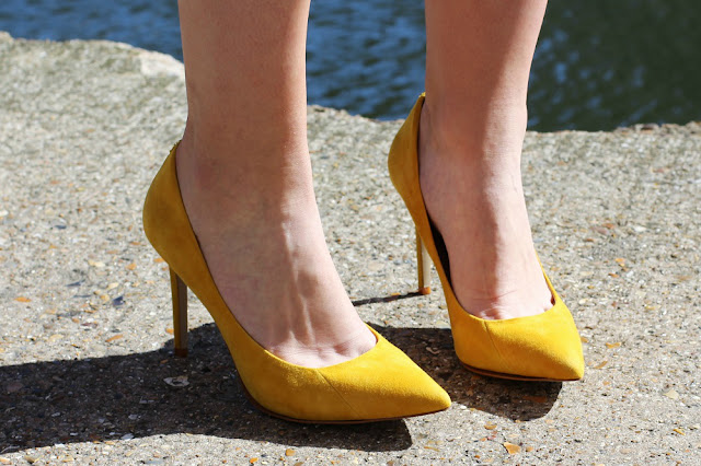 Yellow suede Cappi Moda in Pelle heels - UK fashion blog