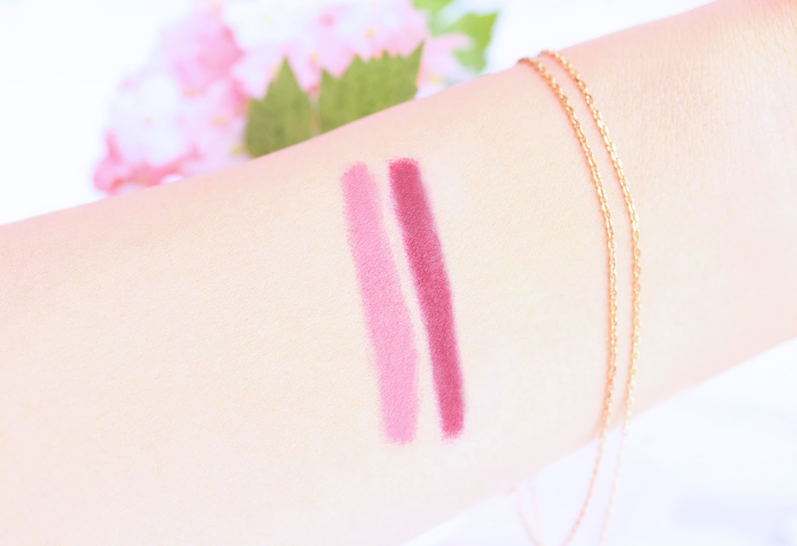 Rimmel Exaggerate Lip Liner in Eastend Snob and Obsession Swatches