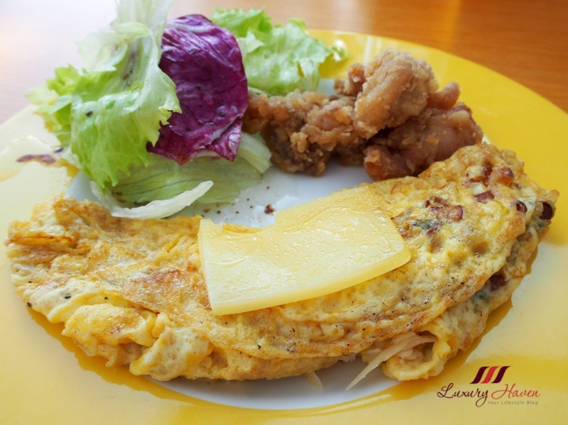 bintan lagoon resort fiesta cafe buffet breakfast omelette