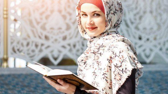 Niat Puasa Ramadhan Wajib dalam Hati, tidak Sah Hanya Diucapkan Saja
