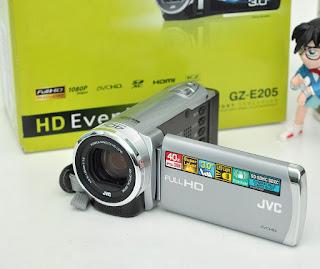 Jual Handycam Second JVC Everio GZ-E205