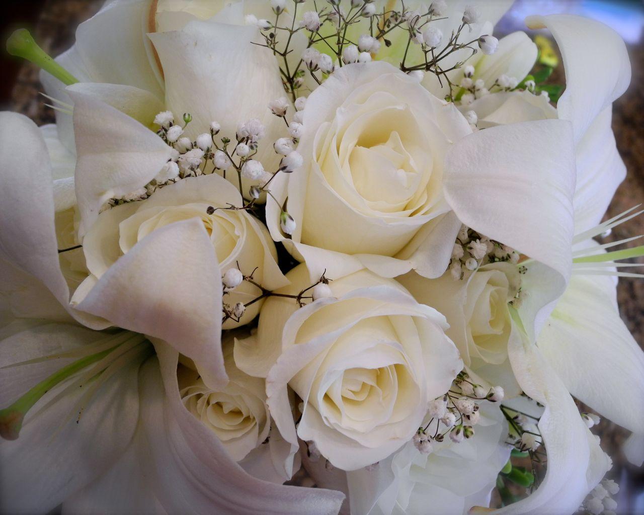 The Flower Girl Blog: White Bridal Bouquet