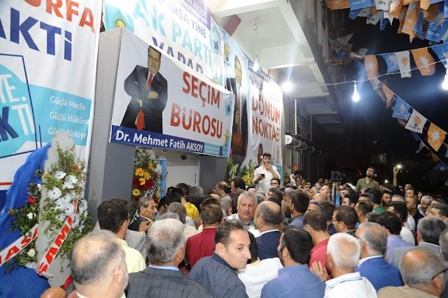 Aksoy'un seçim bürosu Bozova'da açıldı