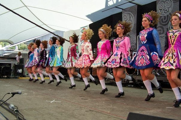 941f448c10a3 Irish dancing is a traditional dance which orgiginates from Ireland. the  dance can be divided into social dance and proformance dance. irish dancing  ...