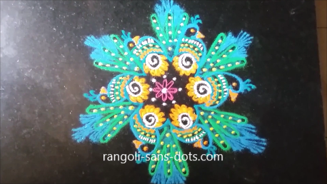 awesome-peacock-in-rangoli-1a.png