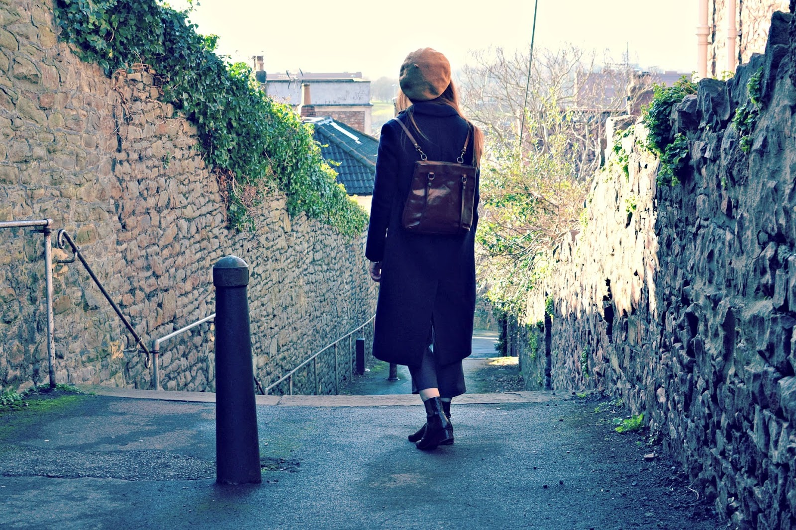 vintage fashion, leather backpack, fashion blogger
