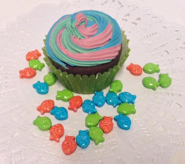 imitacion cupcakes, maquetas de alimentos, alimentos de plastico, cupcakes decorativos, cupcakes souvenirs, cupcakes para fiestas, reproduccion de cupcakes