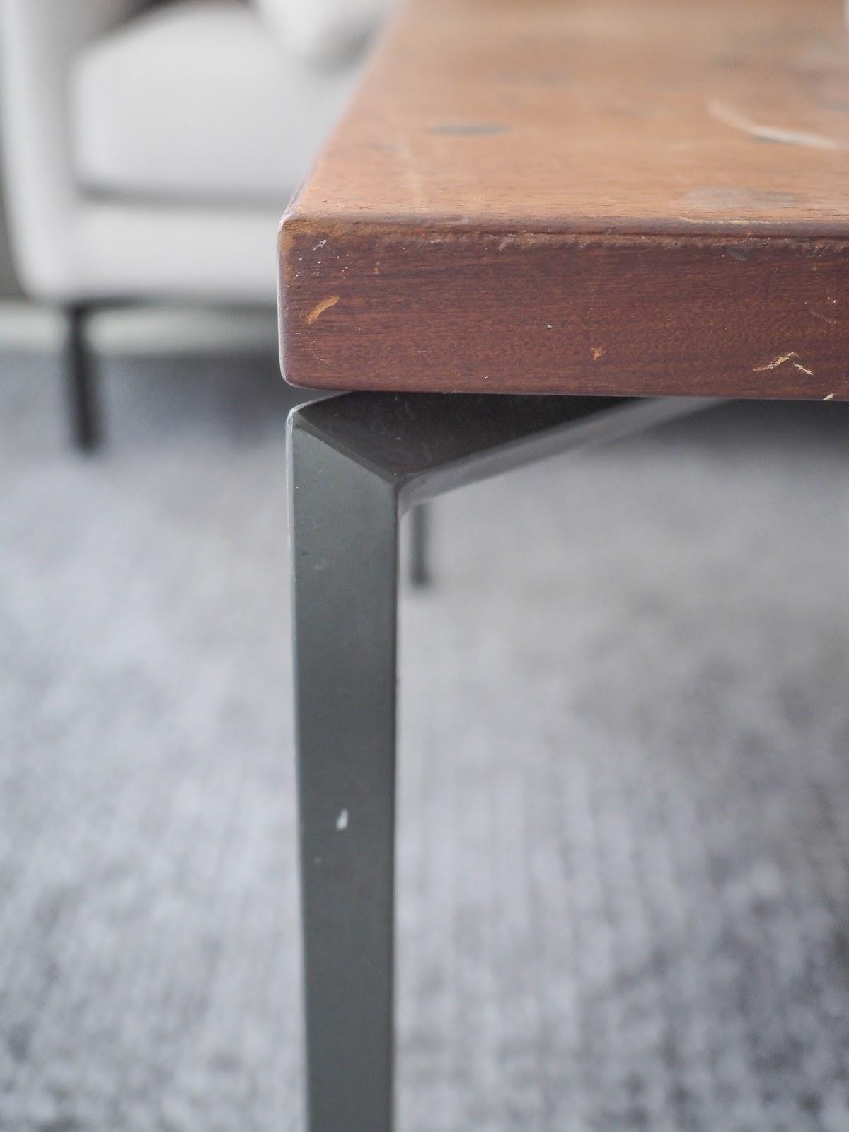 kirppislöytö, olohuone, sohvapöytä
