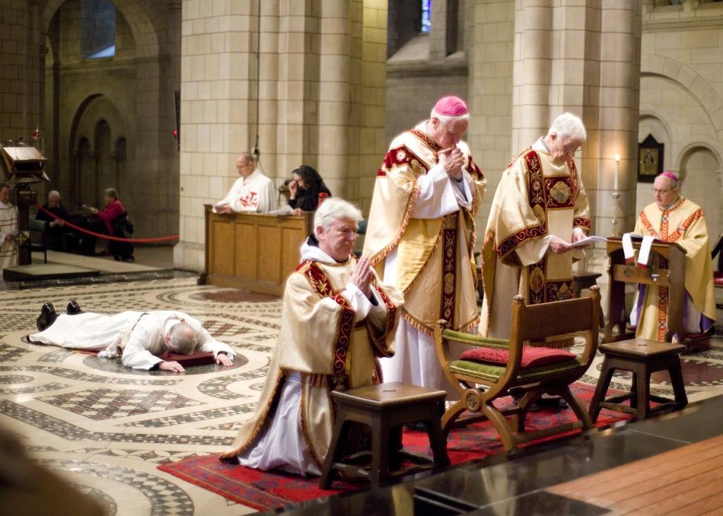 New Liturgical Movement: Ordinariate: Ordination of Fr  David Silk
