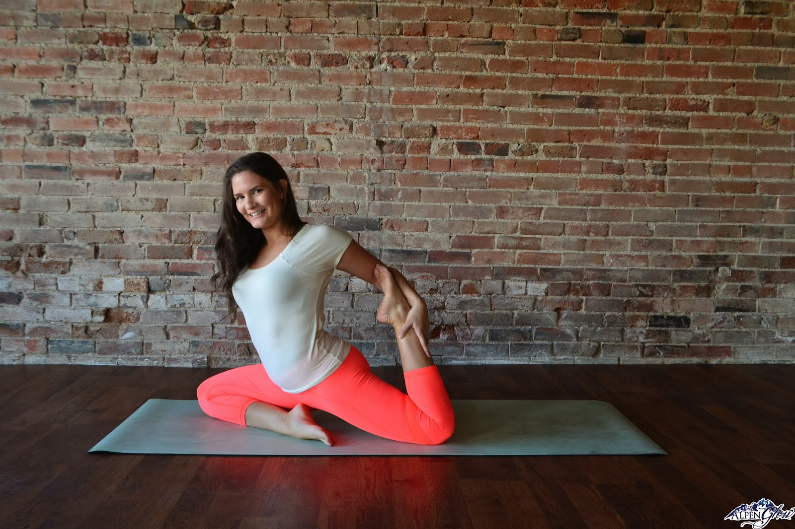 Yoga Poses for Runners | Habits of a Modern Hippie