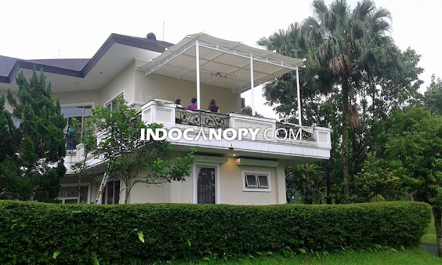 desain kanopi membran balkon rumah di rancamaya bogor