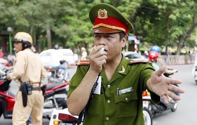 Vietnamese police officer