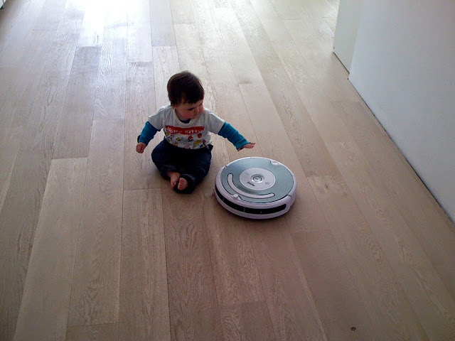 Robot Ethical Issue and Roomba