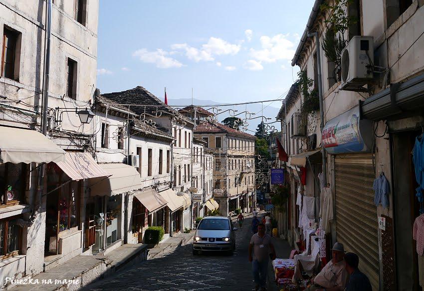 co zwiedzić w Gjirokastrze