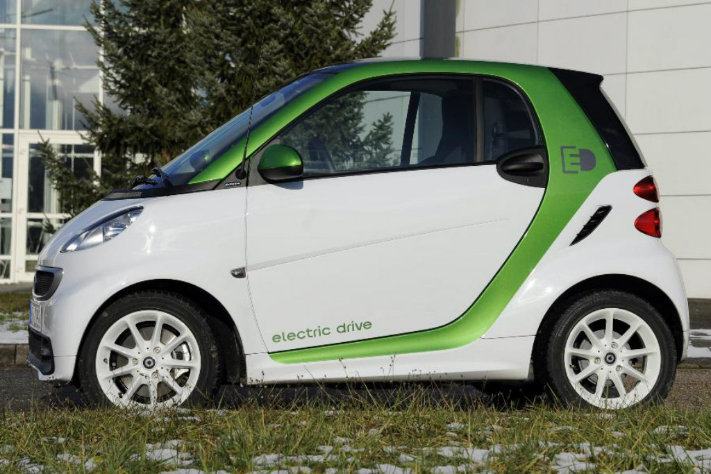 The Little One Of Only Two Places Is Battery Ed And Has Been Named Greenest Car United States For Third Consecutive Year From 0 To 100