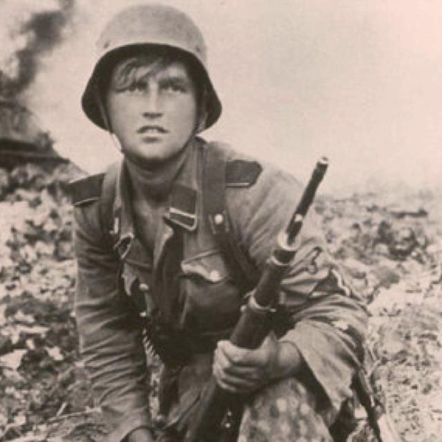 3 SS Panzer Division Totenkopf  Warsaw 1944 worldwartwo.filminspector.com