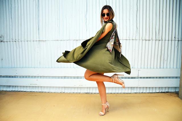 sleeveless vest heels