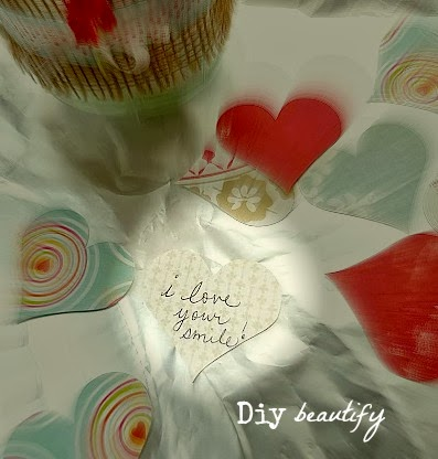 Make this burlap wrapped jar and fill with love notes for Valentines day! Find out more at diy beautify.
