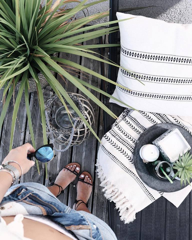 pauline-dress-inspiration-summer-blog-mode-deco-lifestyle-terrasse-decoration-exterieure-selection