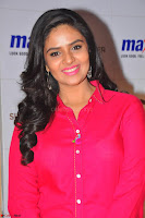 Sree Mukhi in Pink Kurti looks beautiful at Meet and Greet Session at Max Store (57).JPG