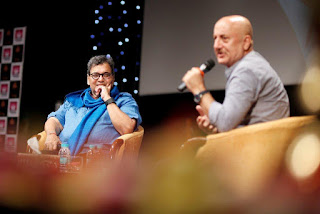 """ACTORS ARE NOT BORN, ACTORS ARE MADE,"" SAID ANUPAM KHER AT WHISTLING WOODS INTERNATIONAL"